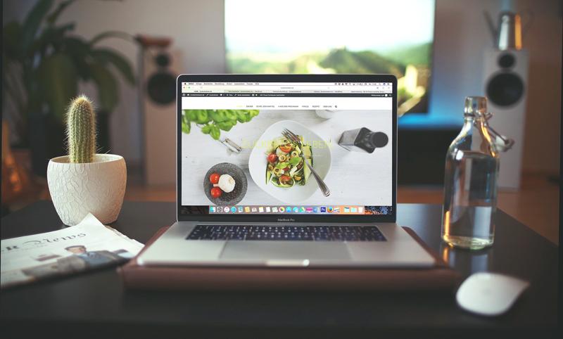 En egen blogg och hemsida, webbutik eller app vi hjälper dig att skapa digitala tjänster.